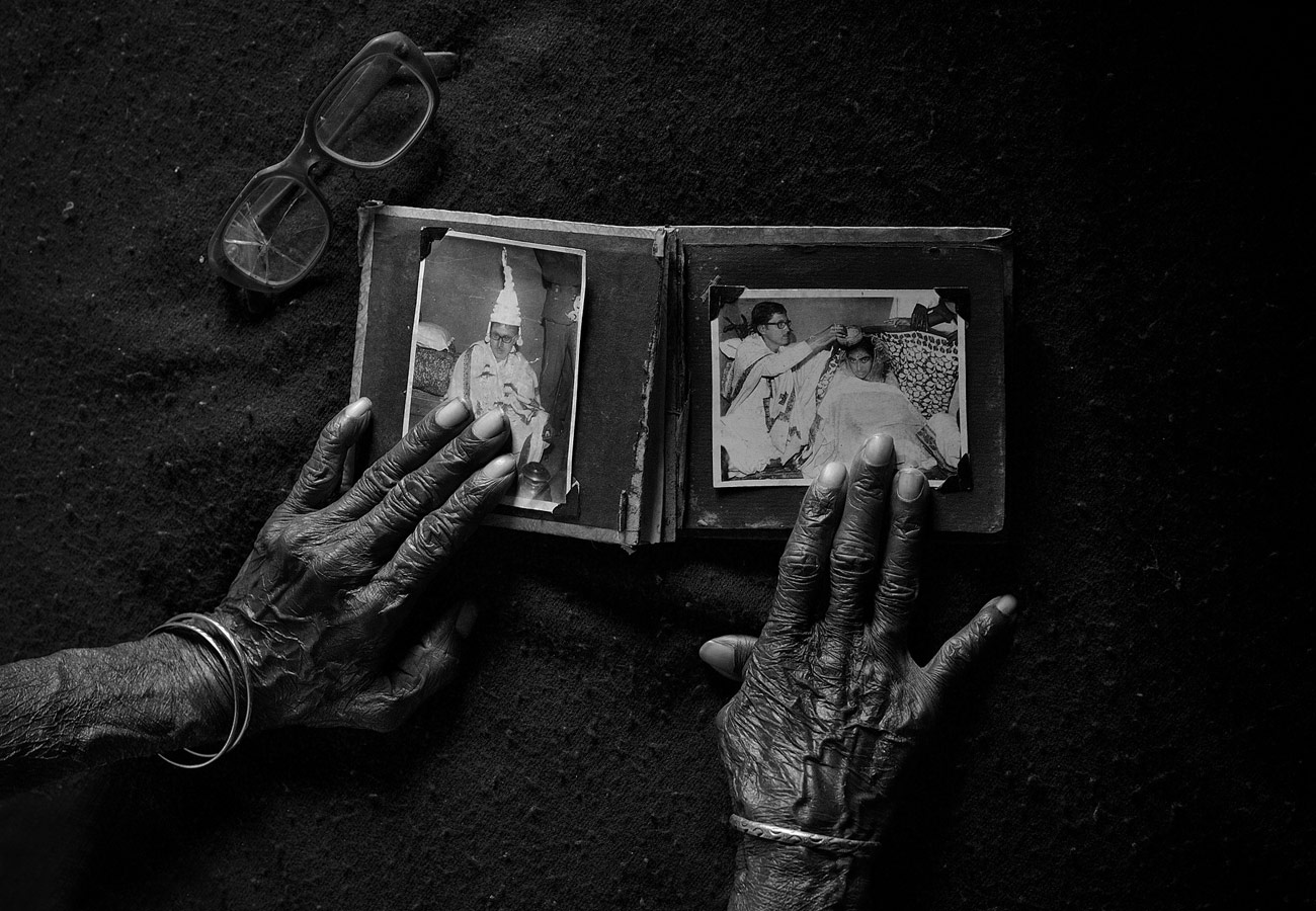 In Memory, © Sourav Das, India, Black and White Nomination, 3 place, 35AWARDS Photo Contest