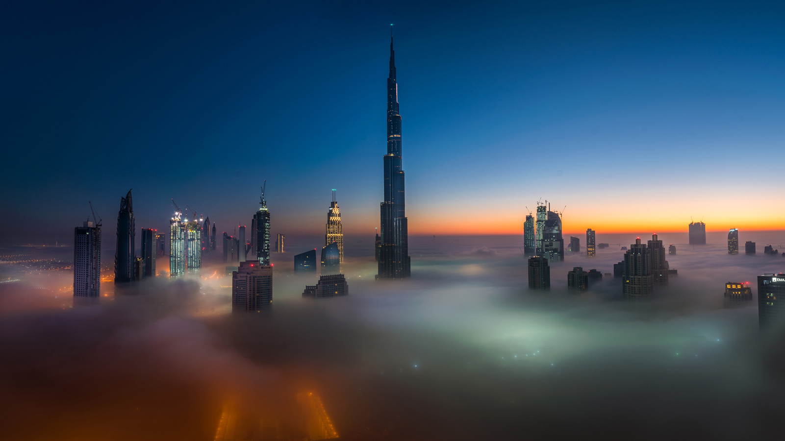 Foggy Blanket, © Prakash Kumar Singh, UAE, Urban landscape Nomination, 1 place, 35AWARDS Photo Contest
