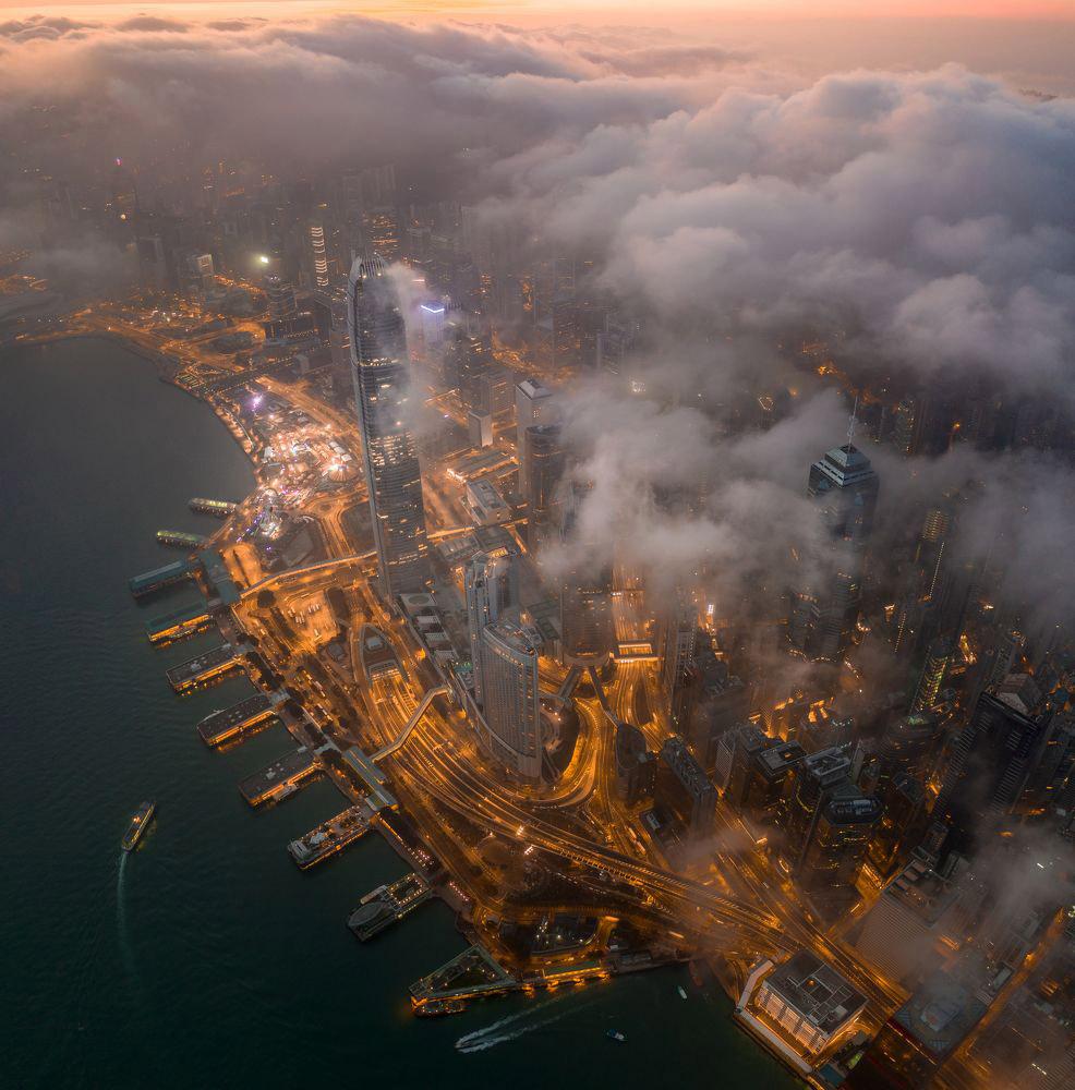 © Tse Tsz Ho, 1st Award Urban Landscape, 35AWARDS Photo Contest