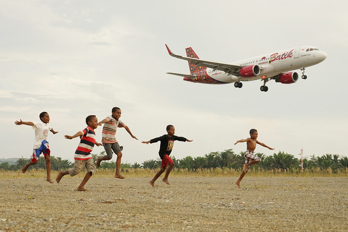 I Believe I Can Fly, © Alamsyah Rauf, Indonesia, Fifth Place Winner, All About Photo Awards