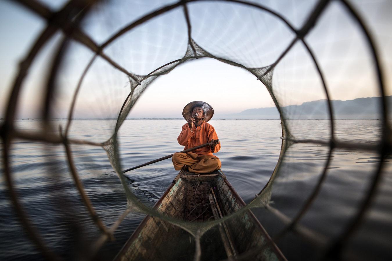 A pesca? © Gabriele Pedemonte, Travel — Winner (Single), ASPA - Alghero Street Photography Awards