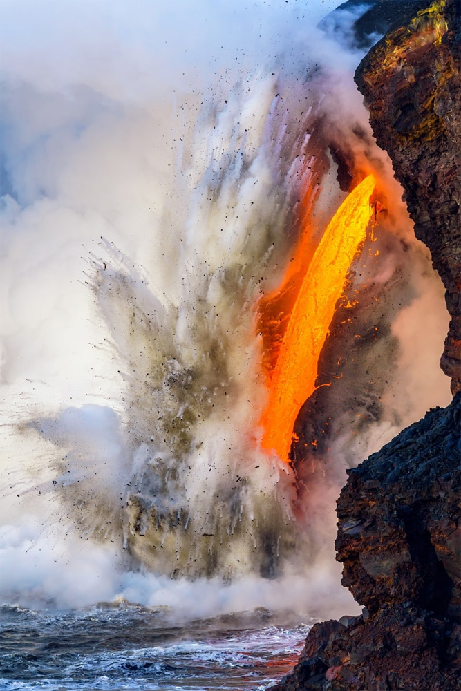 Kamokuna Lava Firehose 25, © Jon Cornforth, Kilauea, Hawaii, Winner in category Landscapes, Waterscapes, and Flora, BigPicture Natural World Photography Competition