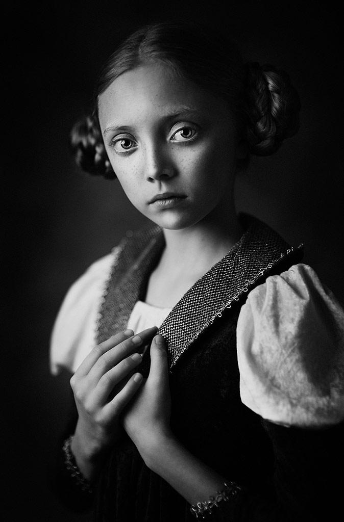Michasia 4, © Roza Sampolinska, USA, B&W Child Photo Contest
