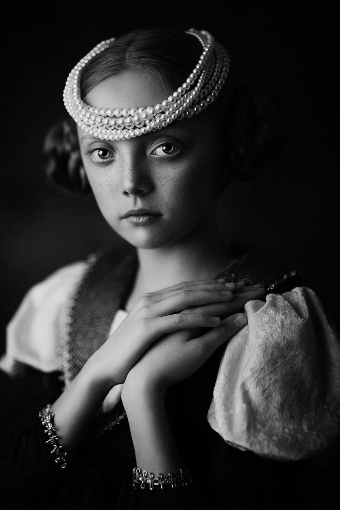 Michasia 2, © Roza Sampolinska, USA, B&W Child Photo Contest