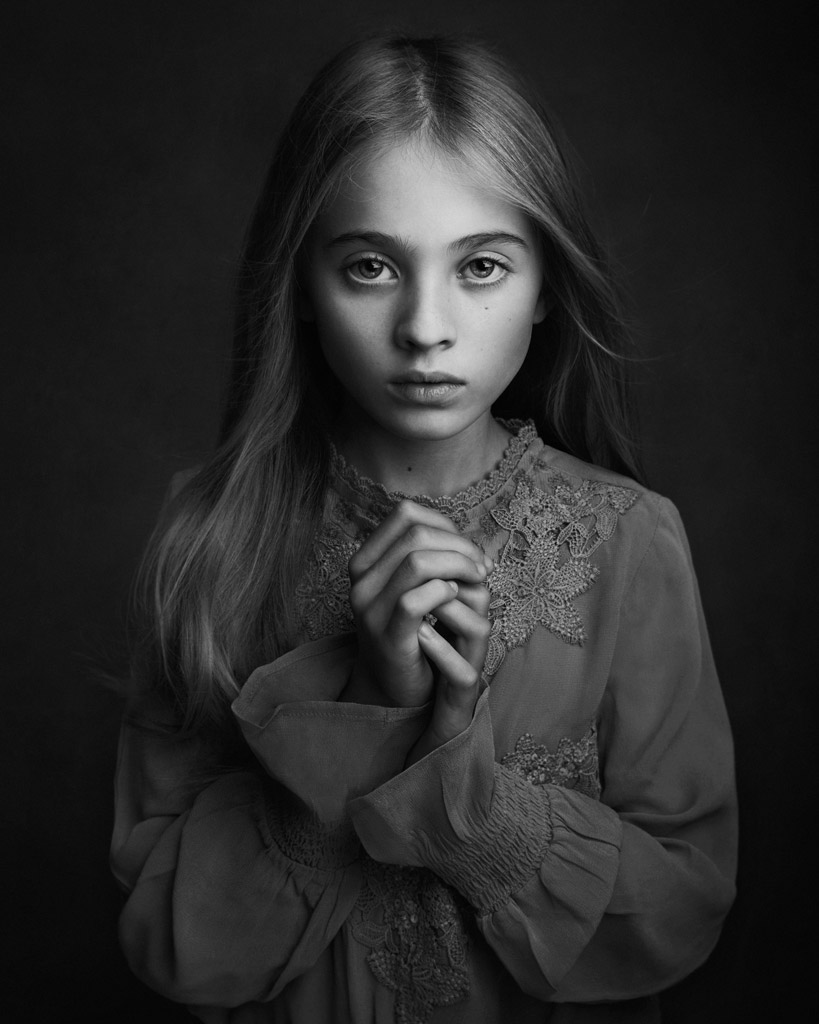 Scarlett, © Lisa Visser, UK, 1 St Place in the Portrait Category, 2nd Half, B&W Child Photo Contest