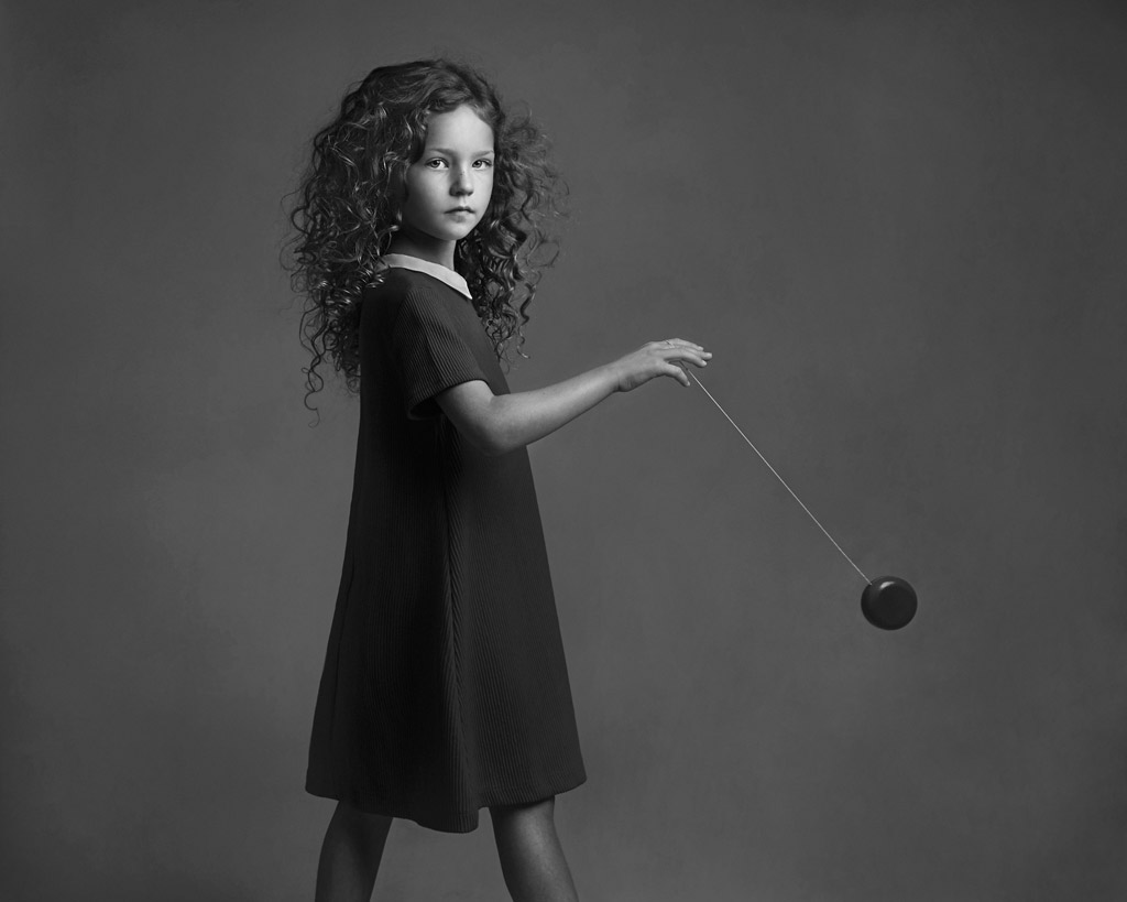 Delilah and Yoyo, © Lisa Visser, UK, Honorable Mention in the Fine Art Category, 2nd Half, B&W Child Photo Contest