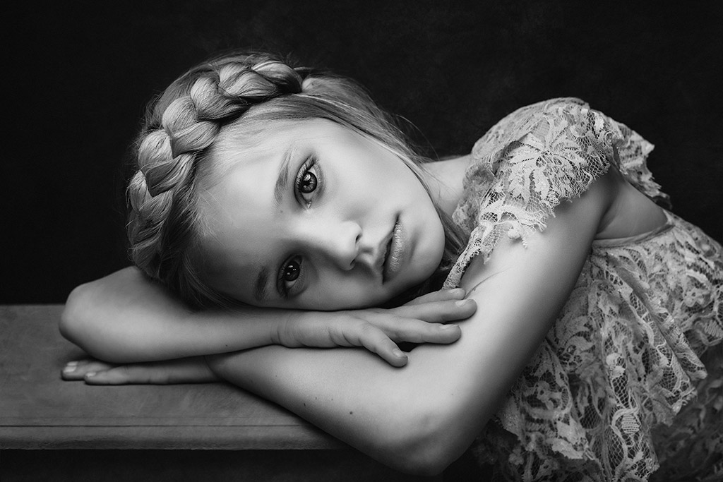 Sadie, © Paulina Duczman, UK, 3rd Place in The Portrait Category – First Half, B&W Child Photo Competition