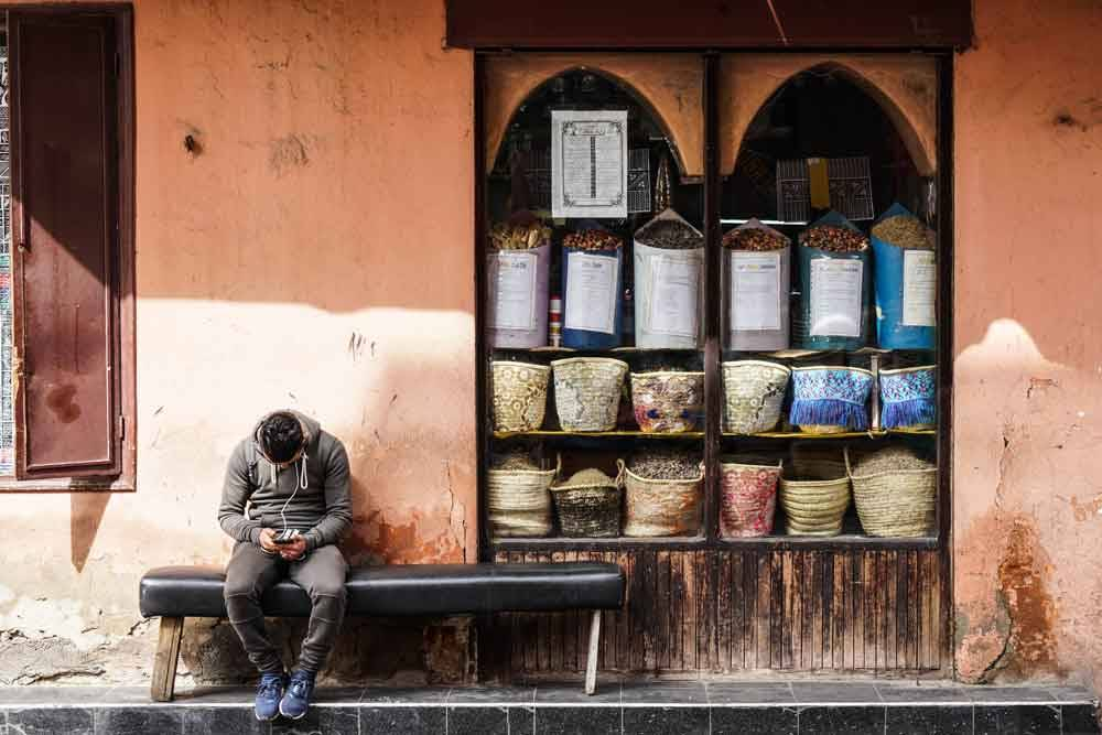 © Miguel Cabrita Matias, 1200 Hourly Winner. Just a Message, Photo Location: Marrakech, Morocco, CBRE Urban Photographer of the Year