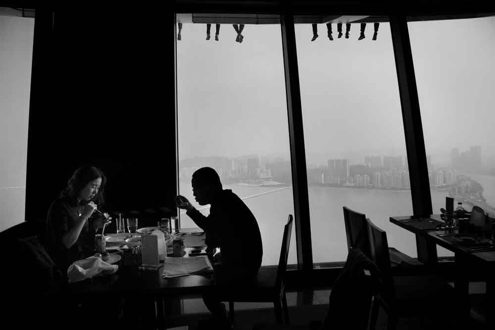 © Somraj Sahu, 0900 Hourly Runner Up. Sky High, Photo Location: Macau, Macau, CBRE Urban Photographer of the Year