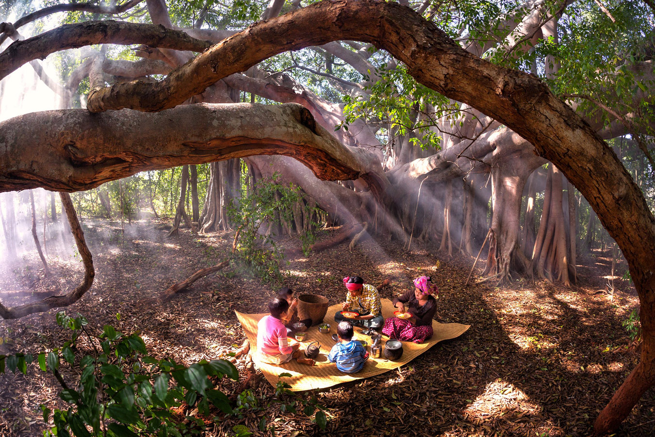 Family Lunch, © Kyaw Zay Ya, Myanmar, Honorable Mention, CGAP Photo and Video Contest