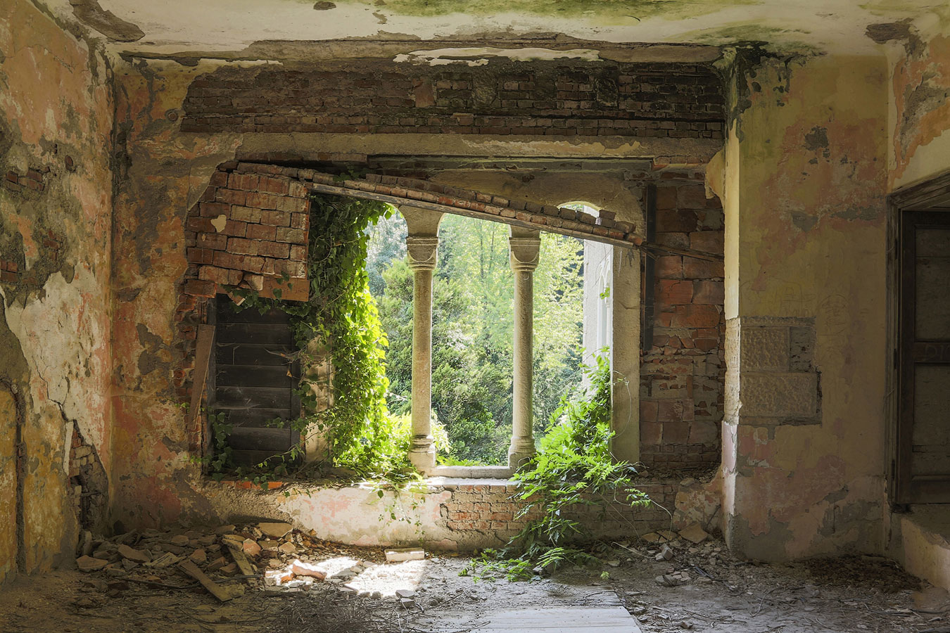 © Jonk, Abandoned Castle, Montenegro, Photography 20 x 30, The Chelsea International Photography Competition