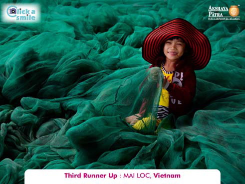 MAI LOC, (Vietnam), Third Runner Up, Click A Smile Photography Contest
