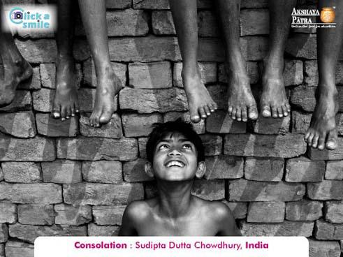 Sudipta Dutta Chowdhury (India), Consolation, Click A Smile Photography Contest