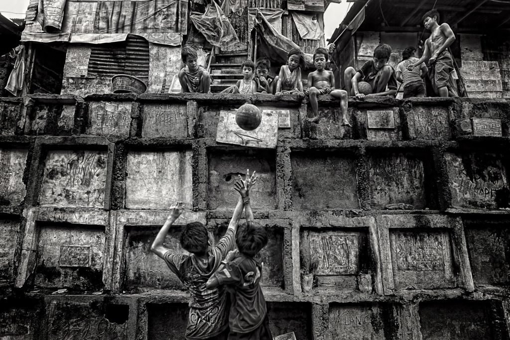 My Home, My Playground, © Mario Bejagan Cardenas, 1st Place Winner Gold Medal, FIBA Photo Contest