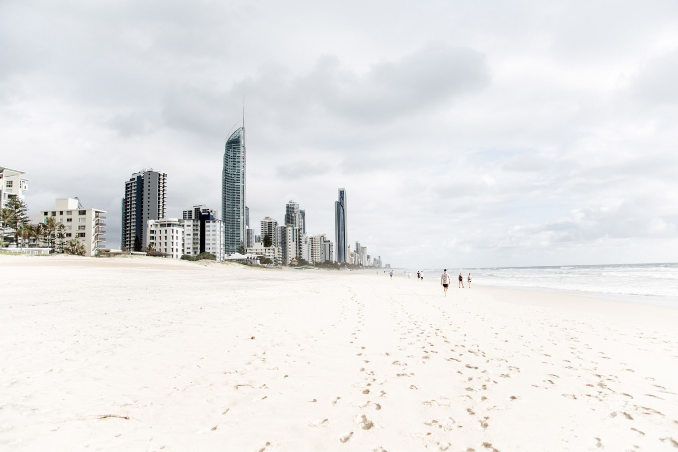 """Surfers Paradise"", © Ann Orman, Auckland, New Zealand, Travel, Rangefinder Fine Art Contest"