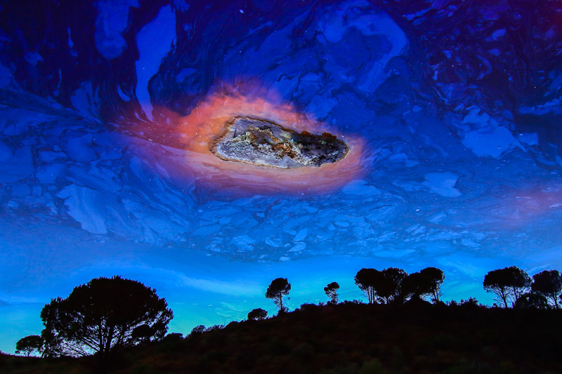 Meteorite, © Manuel Enrique Gonzáles Carmona, Spain, All Over Winner, Glanzlichter Nature Photo Contest