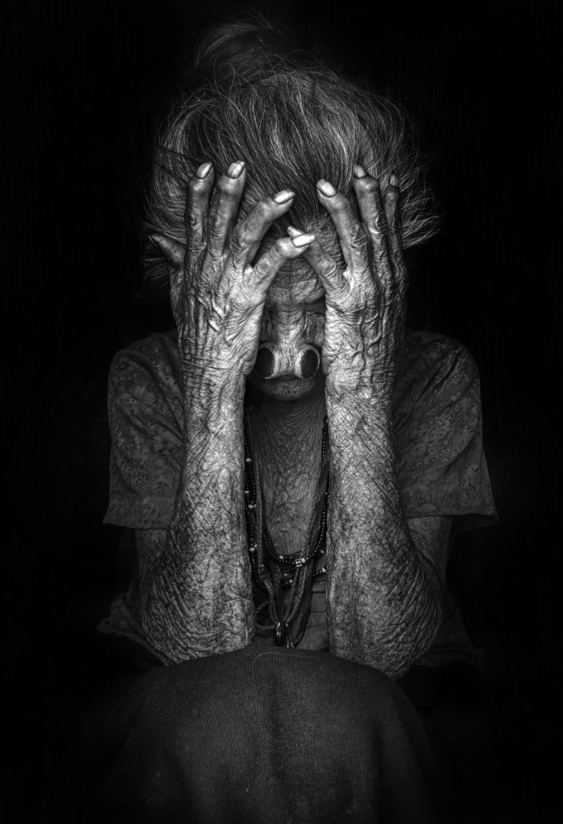 Flood of Loneliness, © Khalil Al Mansoori, United Arab Emirates, «General — Black & White» Category, 3st prize winner, Hamdan International Photography Award - HIPA