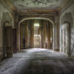 Silence of the Mansion, © Giovanni Cedronella, Italy, «Portfolio» Category, 1st prize winner, Hamdan International Photography Award - HIPA