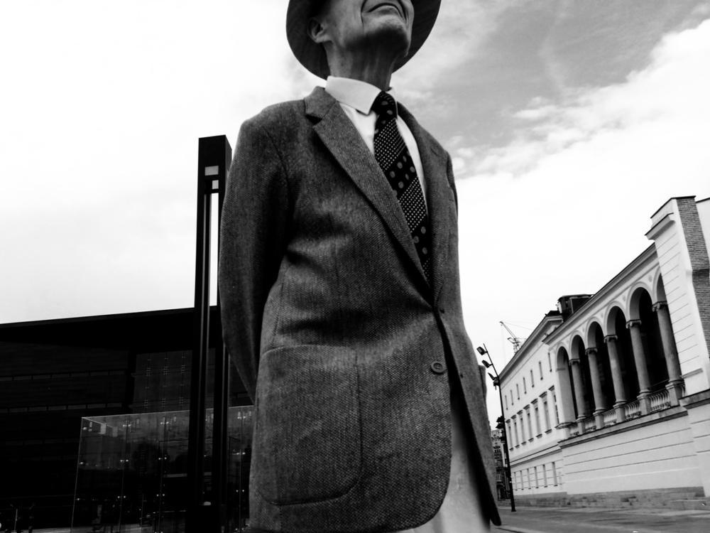 Present Man, © Damian Kostka, Huawei Next-Image Awards