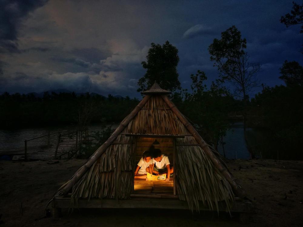 Bedtime Story, © Bprecirdoii, Huawei Next-Image Awards