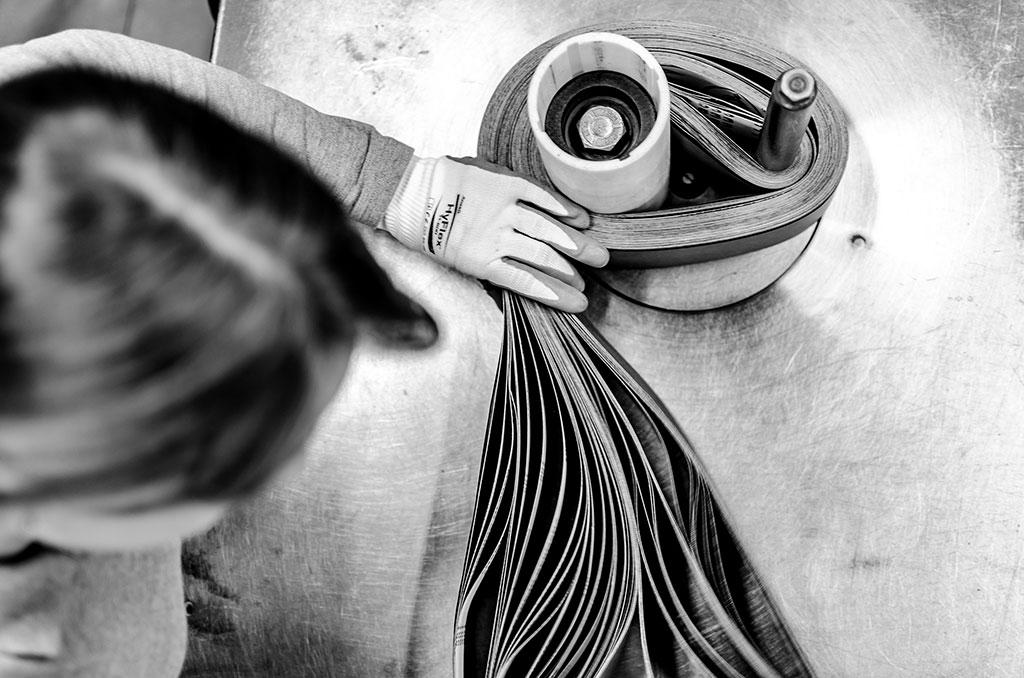 Tensar la Cinta, © Joel Iglesias Santiago, First Prize, Ikei Photo Contest
