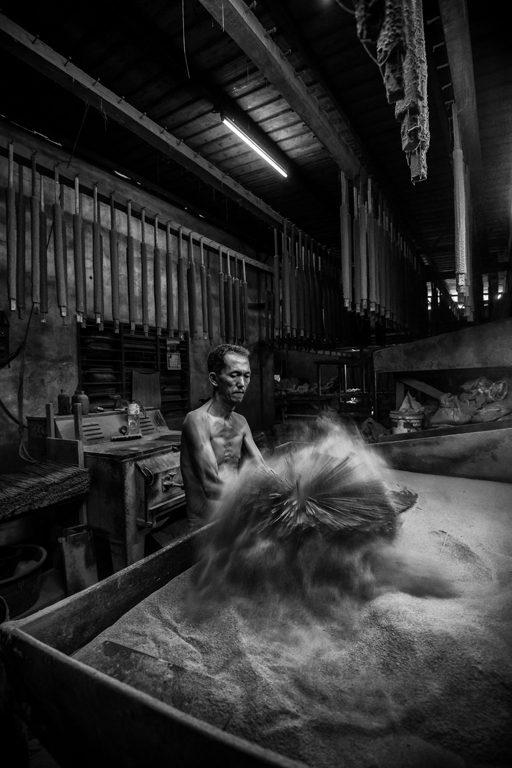 Incense Sticks Maker, © Teo Liak Song, Ikei Photo Contest