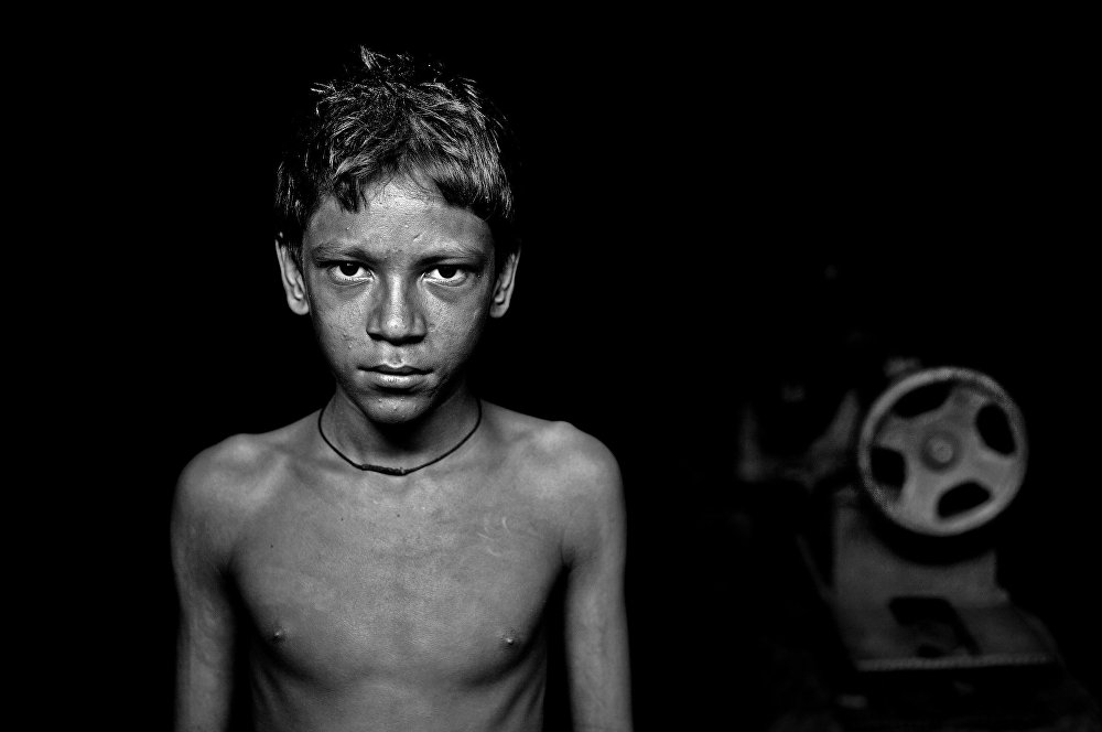 © Md Shahnewaz Khan, Bangladesh, 3st place in category Portrait. A Hero of Our Time, Series, Special prize by Al Mayadeen TV, Andrei Stenin Press Photo Contest