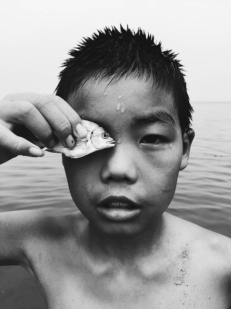 Eye to eye, © Huapeng Zhao, China, 2nd Place, Photographer of the Year, IPPAWARDS - iPhone Photography Awards