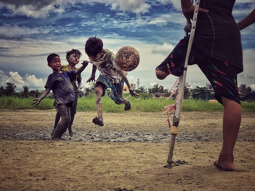 I want to play, © Zarni Myo Win, Myanmar, 3rd Place, Photographer of the Year, IPPAWARDS - iPhone Photography Awards