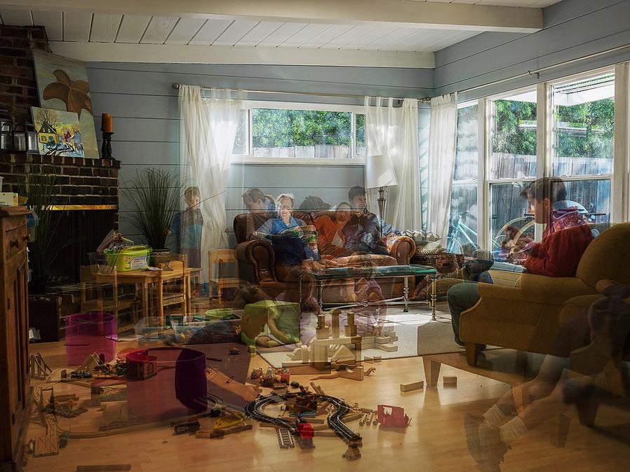 Ramona Street, 2013, © Charlotta HAUKSDOTTIR, USA, Finalist Category A: Defining Family, Kuala Lumpur International Photoawards 2017 Winner