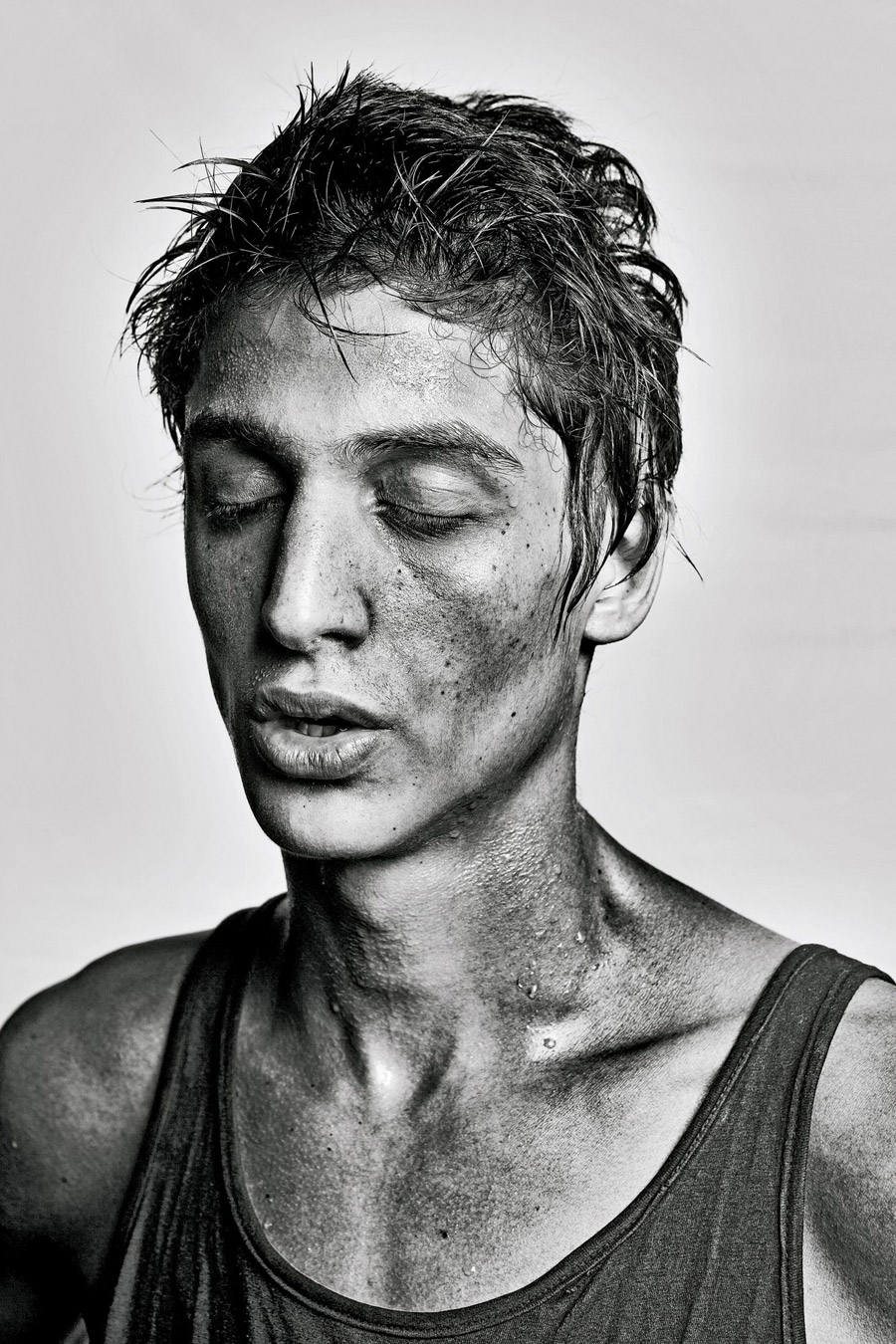 The Fighter, © Luiz Maximiano, Brazil, Finalists, LensCulture Portrait Awards