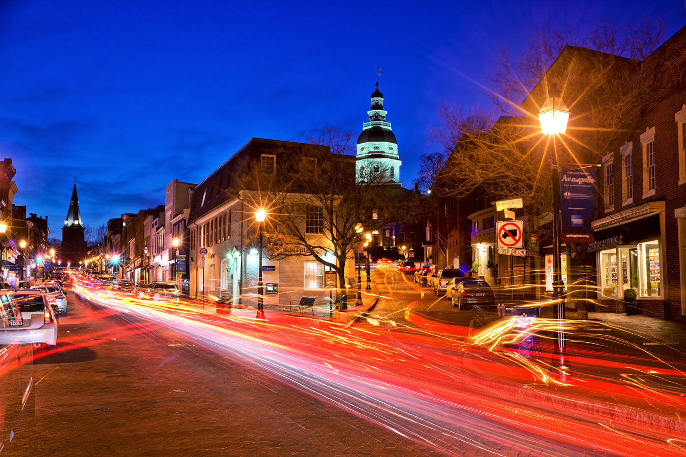 Main Street city of Annapolis, © Andrew Rivers, United States of America, Filter: Polarizing (PL), Cityscape Photography x Filter Photo Contest - Marumi
