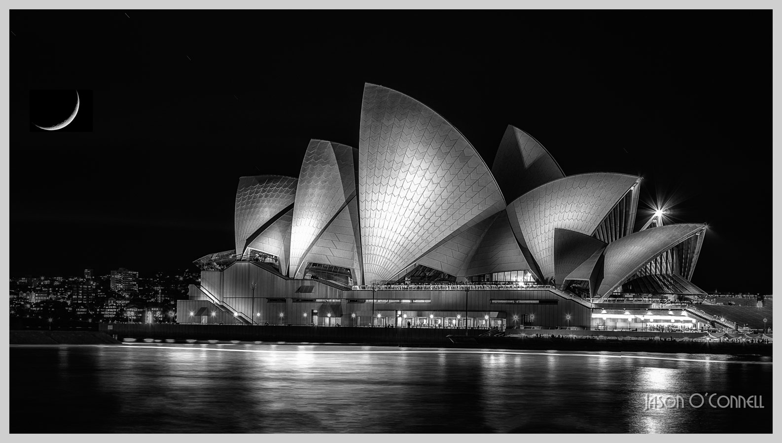 Crescent Moon by Sydney's Opera House, © Jason O'Connell, Canada, Filter: PL/ND, Cityscape Photography x Filter Photo Contest - Marumi