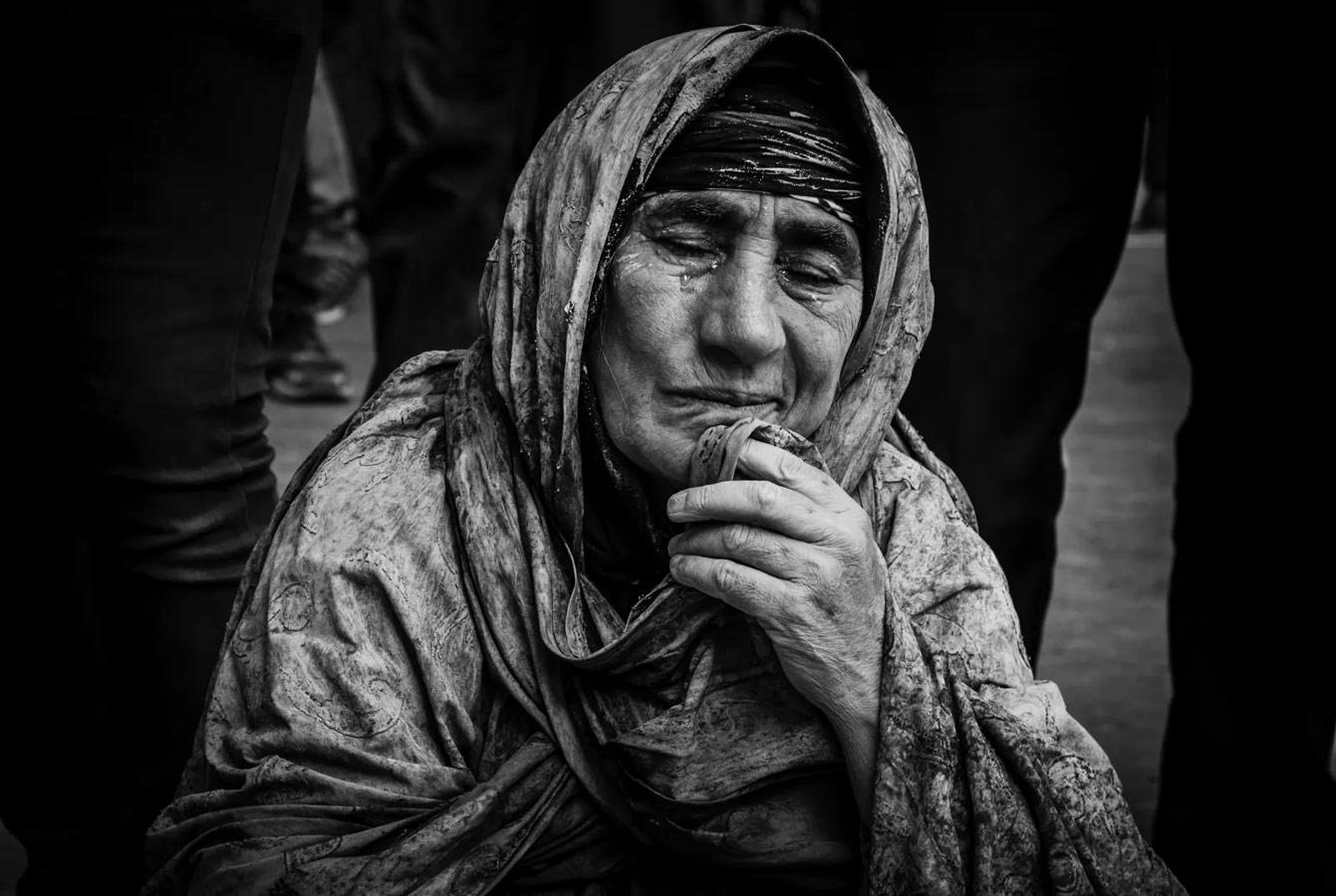 Tears in Her Eyes..., © Sadegh Amiri Hanzaki, Global Grand Prize Winner, Metro Photo Challenge