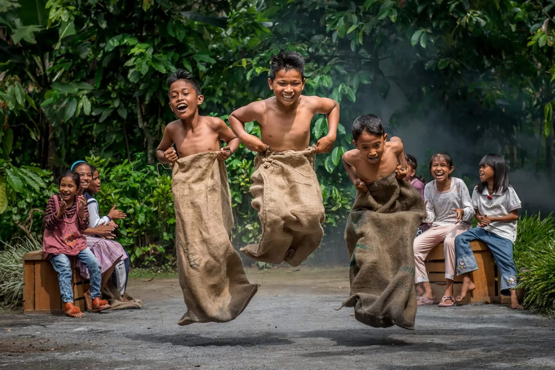 Pacu Guni, © Teo Liak Song, Local International Winner, Metro Photo Challenge