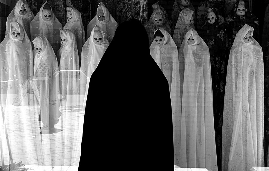 White Veils, © Farzad Ariannejad, Iran, Islamic Republic Of, Conceptual Photographer of the Year 2017, Monochrome Photography Awards