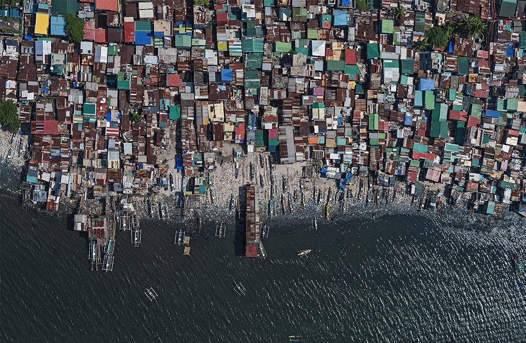 Aerial Views Manila Overpopulation, © Bernhard Lang, Germany, Editorial: Environmental, ND Awards Photo Contest