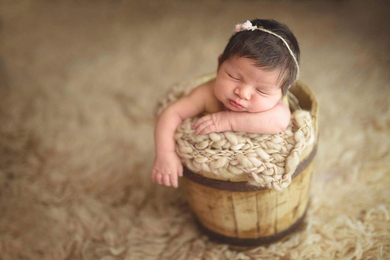 Sweet Leah, © Andreea Velican, Romania, Newborns Photo Contest