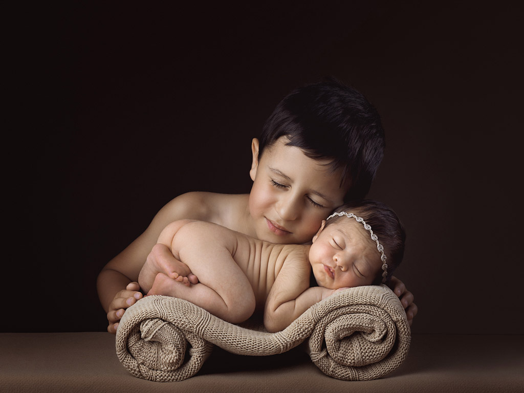 For Life, © David Silva, Portugal, 3rd Place, Newborns Photo Contest