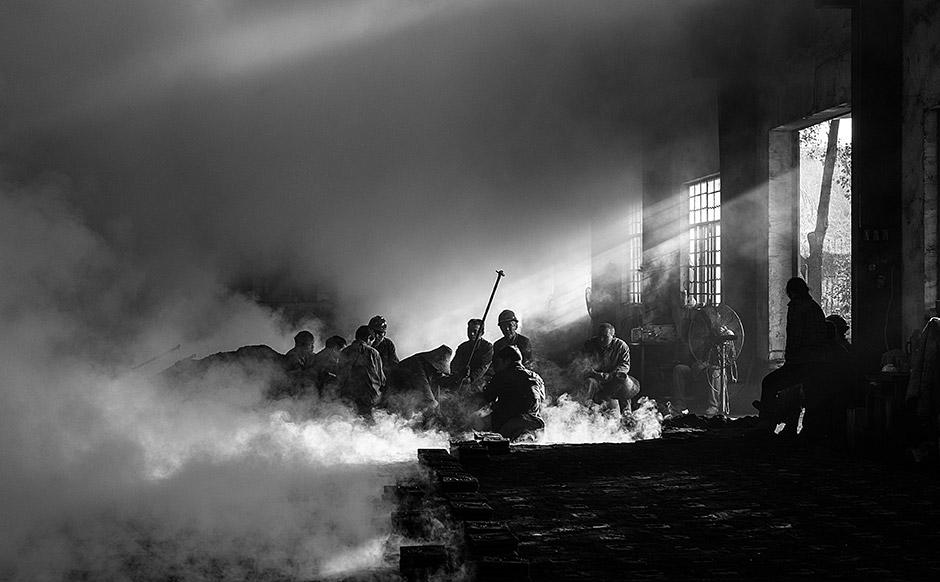 Break Time, © Tian Yuan Yuan, 1st Prize, Nikon Photo Contest