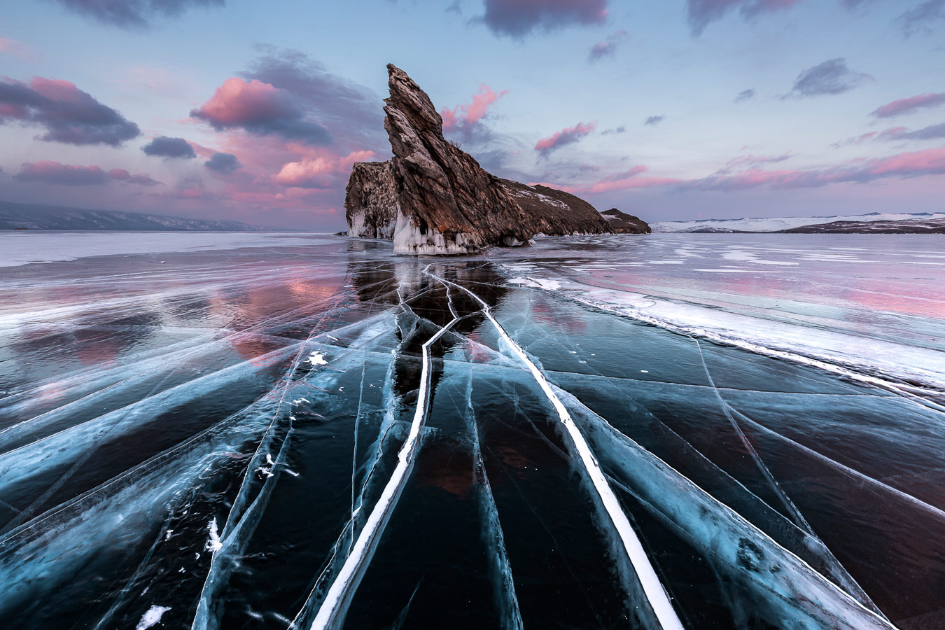Frozen world, © Pere Soler Isern (ESP), Category Winner, Nature Photographer of the Year