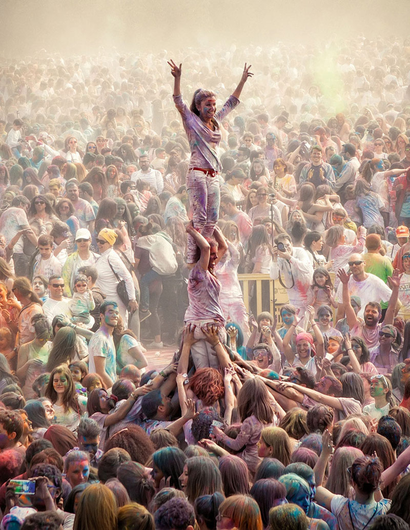 Castellers en el Holi, © Andrarena (Spain), First Place, Category: Power of Life, Olympus Global Open Photo Contest