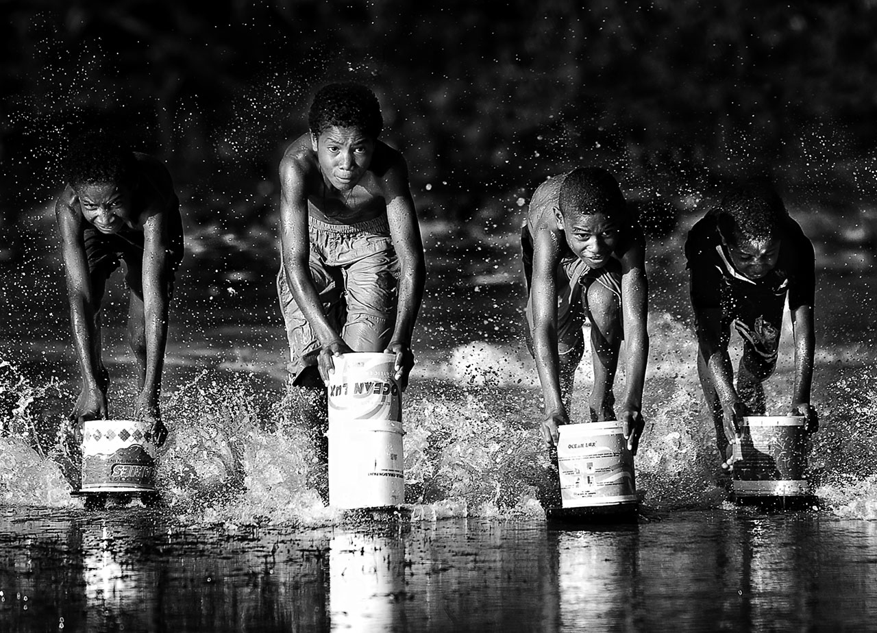 Race in Papua, © Thaibchaidar (Indonesia), Category: Power of Life, Second Place, Olympus Global Open Photo Contest