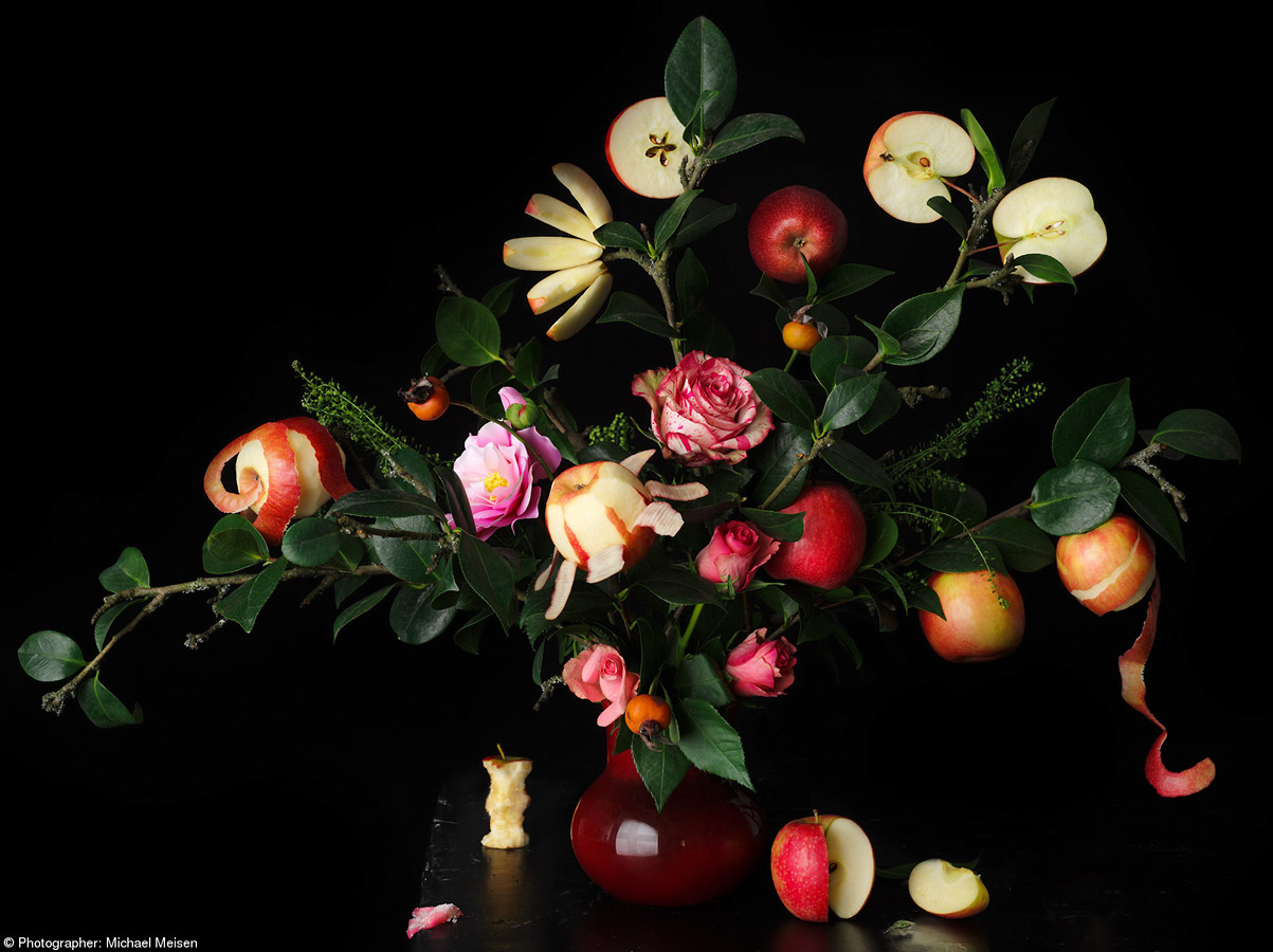 The Art of Being an Apple, © Michael Meisen, Germany, 1st Place, Pink Lady® Apple a Day, Pink Lady Food Photographer of the Year