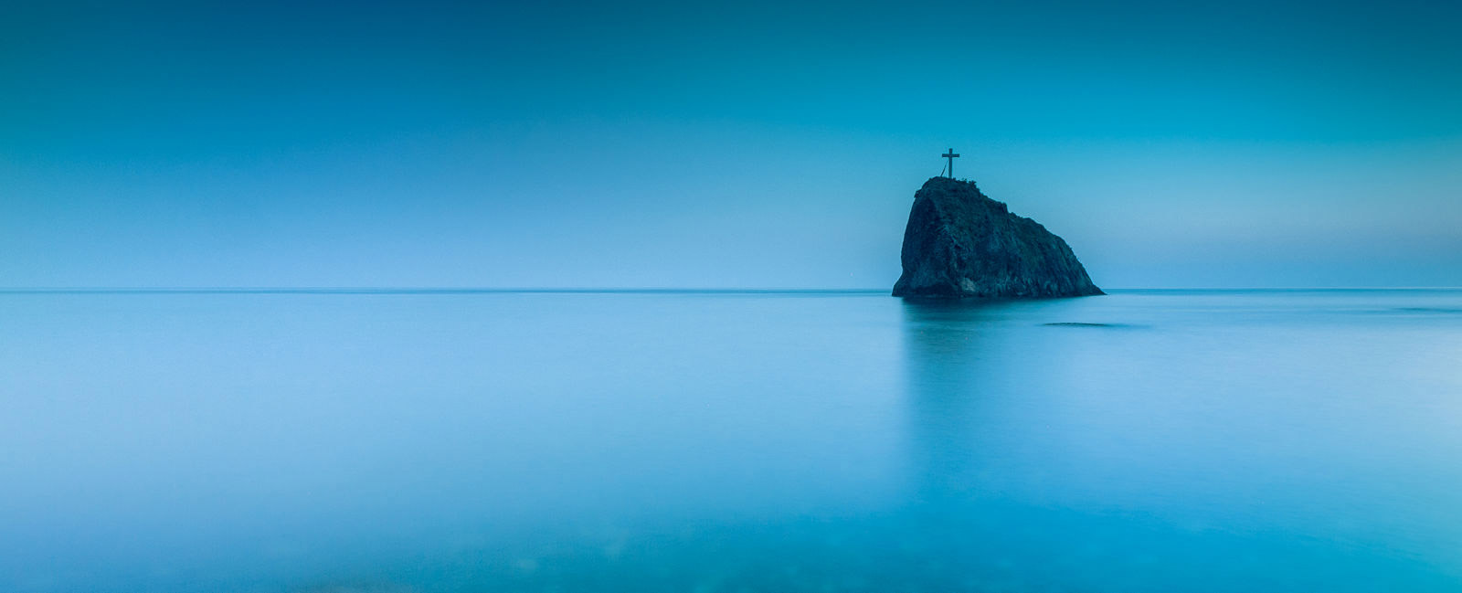 "Rock of the Holy Appearance, Fiolent, Sevastopol, © Yuri Pritysk, 1 place, ""Russian Civilization"" International Photo Contest"
