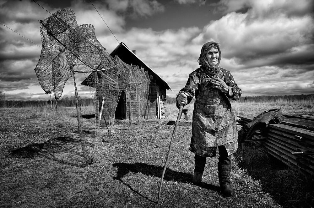"Fisherwoman, © Yulia Popova, Winner in category Peoples Of Russia, ""Most Beautiful Country"" Photo Contest"