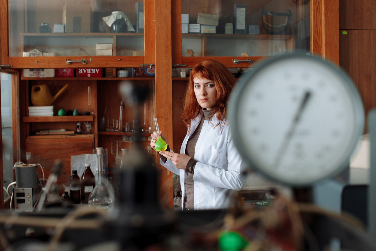 Chemistry, © Artem Onoprienko, Finalist in the nomination People, Science Elements Photo Contest