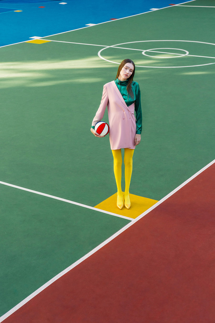 Dazed Delusions, © Gabriel Isak, Huskvarna, Sweden, Editorial/Celebrity Category, PDN The Look - Fashion Photography Competition