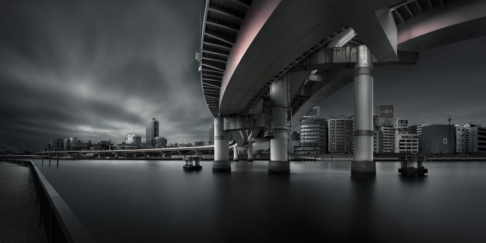 The City of Juncture, © Yoshihiko Wada, Japan, Discovery of the Year, Tokyo International Foto Awards