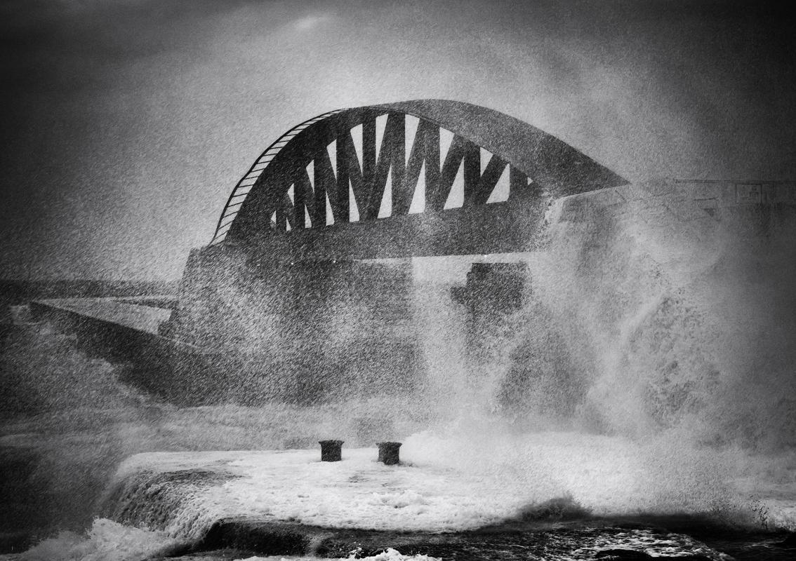 Wild Waves, © Louis Agius, 2nd Place, Tokyo International Foto Awards